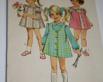 Simplicity 8619 Vintage dress and jumper pattern size 3 1969