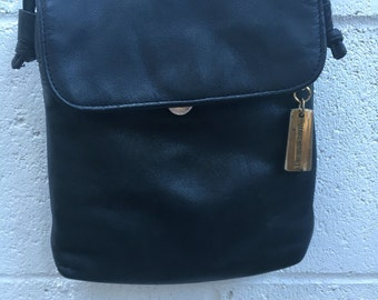 Vintage Giani Bernini Navy Blue Crossbody Bag