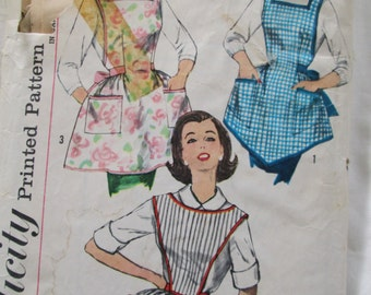 Vintage Sewing Pattern Simplicity 3702 One Yard Aprons 1950s