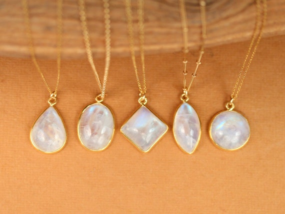 Moonstone necklace - rainbow moonstone necklace - june birthstone jewelry - a gold bezel rainbow moonstone on a 14k gold filled chain