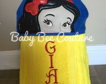 Snow White Hooded Towel- Disney Princess Snow White full sized standard hooded bath towel