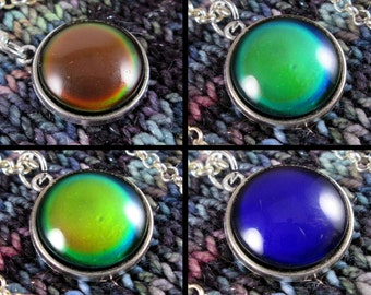 Mood Stone Necklace - Color Changing - Silver Rolo Chain