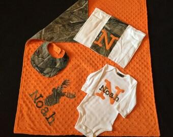 Baby Boy Gift Set - RealTree Camo - Personalized Blanket, Bodysuit, Burp Cloth and Bib