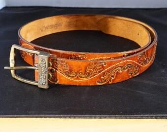 Vintage Genuine Leather Brass Buckle Signed Wrangler Fancy Etched Tooled Retro Southwestern Style Belt, Size 38