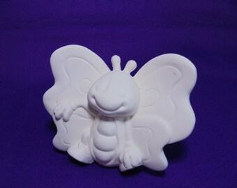 unpainted ceramic, butterfly 7x9 cm