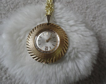 Vintage Timex Necklace Pendant Wind Up Watch