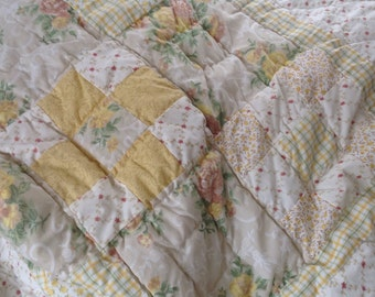 Vintage Shabby Chic Patchwork Quilt in Pale Yellow