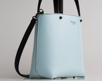 Shop Bag 360º . Edición Limitada. Elaborado en piel de vacuno y cosido a mano.