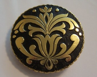 Western Germany Scarf Clip. Round Floral Look Scarf Clip.