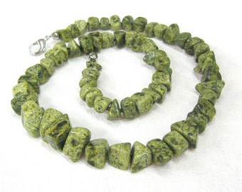 "Christmas gift for women mom Forest green serpentine necklace Woodland jewelry olive green gemstone necklace chunky beads 25"" long strand"