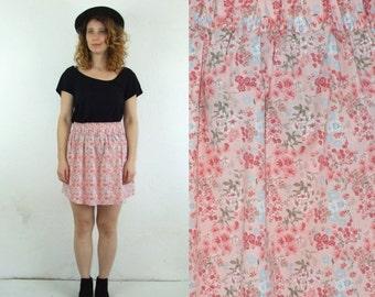 ON SALE 90's vintage women's rose flower patterned high waisted mini skirt