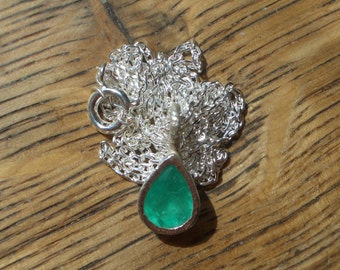 Emerald Pendant with silver chain 935