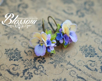 Handmade pansies earrings, polymer clay pansy earrings, Pansies flower jewelry, fimo clay, gift for girlfriend
