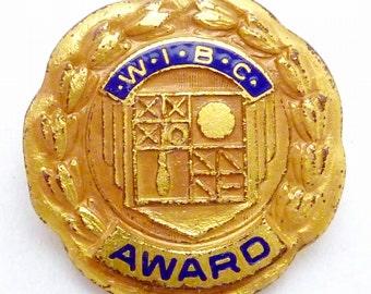 Vintage Women's WIBC Gold Filled Enamel 200 Game Bowling Award Pin 22328