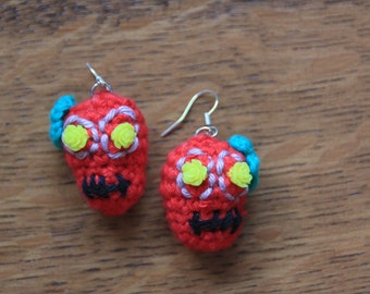 Earrings with red crochet skull Dias de los Muertos