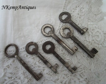 Antique key x 6 for re-purpose