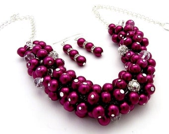 Burgundy Pearl Bridal Necklace, Bridesmaid Jewelry, Burgundy Cluster Necklace, Bridesmaid Gift, Wedding jewellery