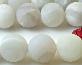 37 pcs of White Crazy Lace Agate matte round beads in 10mm