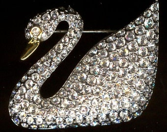 Classic Signed Swarovski Swan Brooch Pin set with Clear Crystals