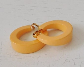Orange Salmon Color Hoop Clip On Earrings Vintage Costume Jewelry