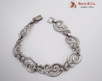 SaLe! sALe! Vintage Scroll Link Bracelet Sterling Silver 1940