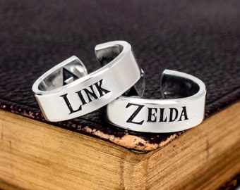 Link and Zelda Ring Set - Legend of Zelda Jewelry