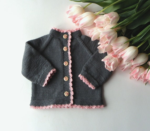 stricken baby m dchen pullover mit rosa kanten merino baby. Black Bedroom Furniture Sets. Home Design Ideas