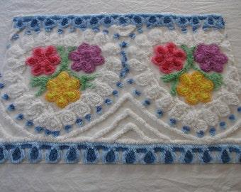 "Vintage Chenille Bedspread Fabric Fluffy Flowers Pops Loopties Hearts...20""x30""...(j7)"