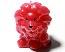 Beautiful hand made figural wax candle glossy red lion