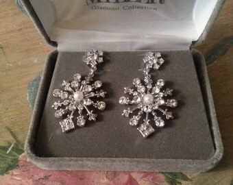 Nolan Miller Drop Crystal  Chandelier  Pearl Silvertone Vintage Earrings