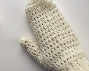 Cream crochet adult mittens