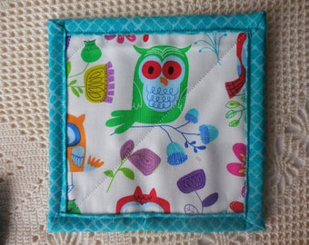 Owl mug rug, snack mat, candle mat, made from cotton fabric, colorful owls and flowers on white background, fabric coaster