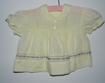 Vintage 1960s Butter Yellow Baby Girl Shirt or Dress Size 2