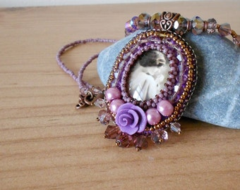 PURPLE ROSE Cameo Necklace
