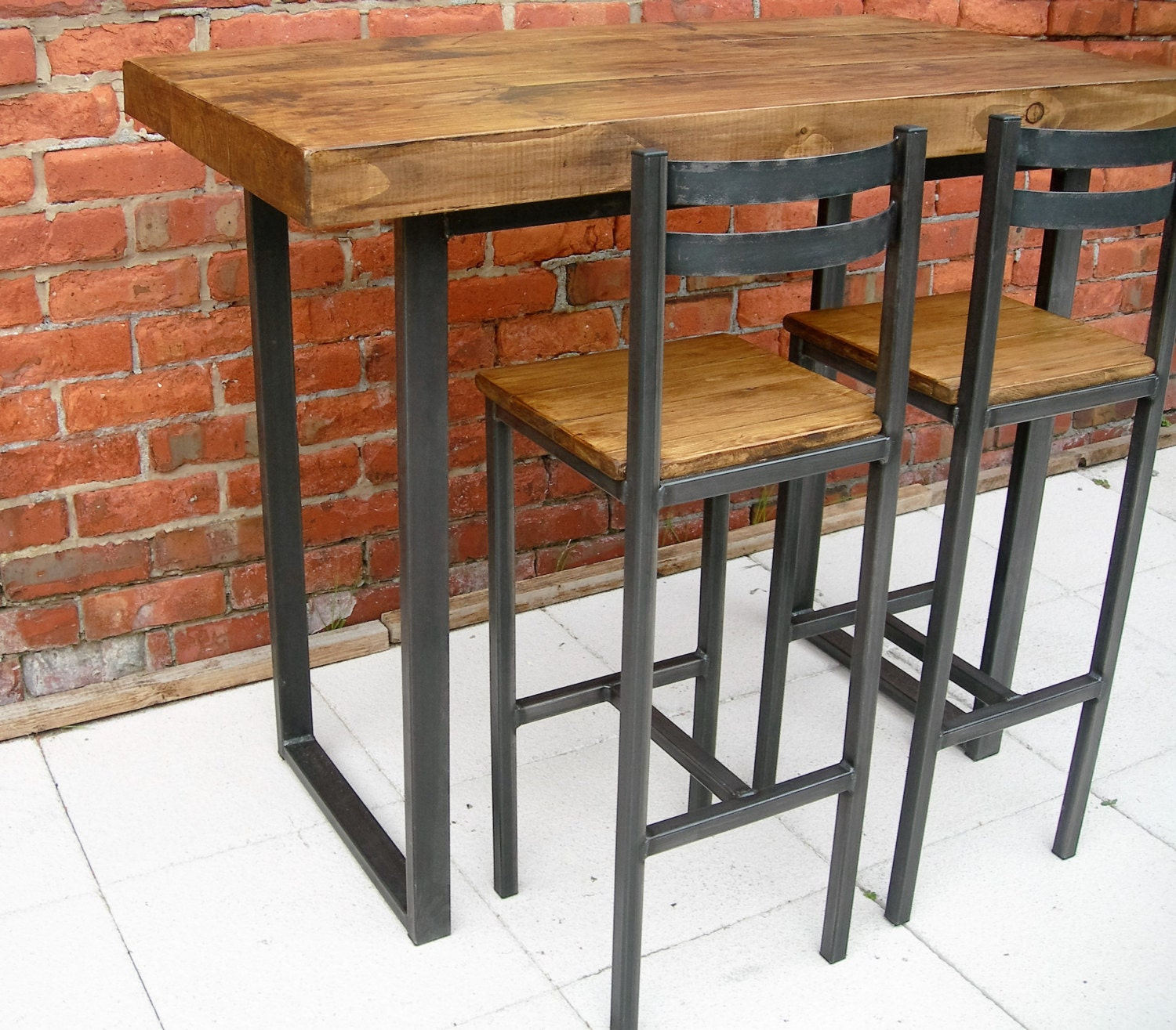 Breakfast bar table & bar stools rustic industrial bar table