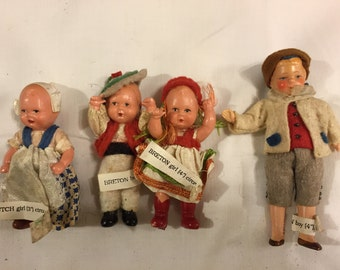 Four Sweet vintage travel dolls for dollhouse/ display
