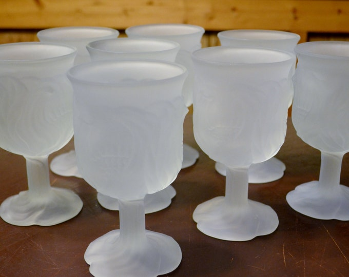Vintage Avon Flowerfrost Goblet Glass Set of 8 Frosted Stemware Glassware Panchosporch