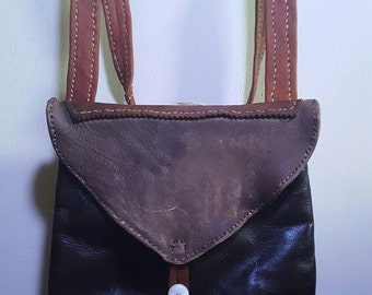 hunting bag with patch knife