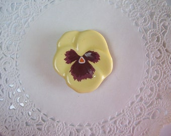 Pansy Magnet (595) - Avon Pansy Brooch - Pansy Refrigerator Magnet - Office Magnet - Repurposed Jewelry