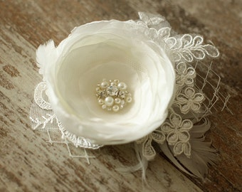 Wedding Hair Accessory / Ivory Wedding Hair Flowers / Wedding Hair Piece / Bridal Hair Accessories / Bridesmaids Hair / 3 inch