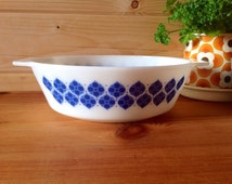 1972 -JAJ Pyrex - Colditz  513 - 3 pint round casserole - Rare -hard to find- only produced for Danish Market