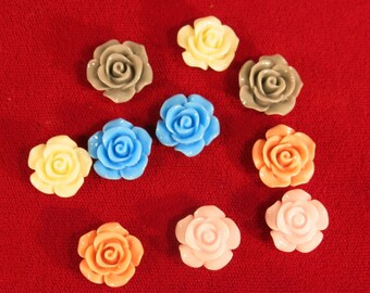 "BULK! 100pc ""flower"" resin flat back cabochons (C43)"