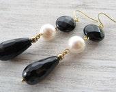 Black onyx earrings freshwater pearl earrings dangle earrings gemstone jewelry long earrings black agate jewellery gift for her