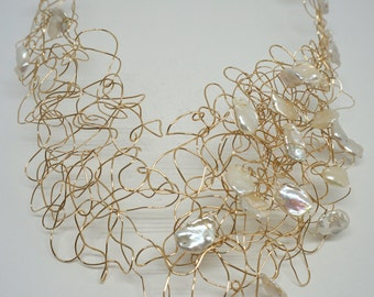 14K Gold Fill Wire Wrap Necklace with White Keshi Pearls