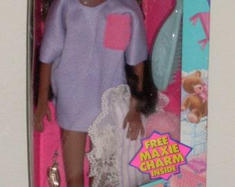 1989 Hasbro Maxie Slumber Party Simone NRFB HTF