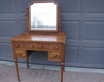 Dressing table etsy for Meuble africain