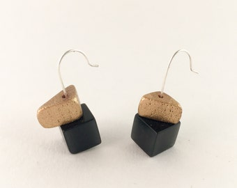 "Bead Earrings ""Black & Gold"""