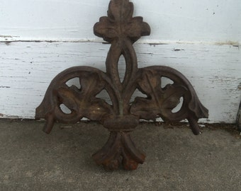 Antique Cast Iron Maple Leaf Decor