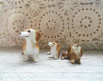 Adorable Porcelain Dachshund Figurine Trio