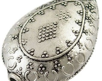 One Tibetan Style Drop Bead, Antique Silver, Tear Drop, 30mm long, 20mm wide, 12mm thick, hole: 3mm   122